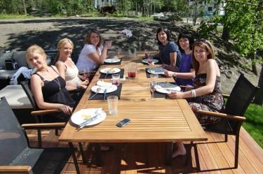 Lunch ute i det fantastiska vädret.