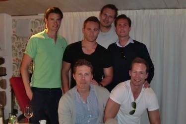 Victor, Tobbe, min man, Johan, Mathias och Kevin.