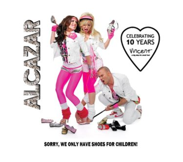 """Alcazar och min fina vän Tess har gjort en kollektion """"Disco-gummistövlar"""" för barn som ska säljas där. Jag vill också ha sådana:-) Får köpa ett par till Liv, som hon kan ha om ett år eller så."""