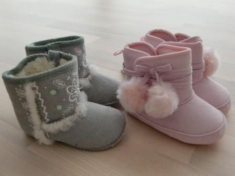 Dessa söta UGG-liknande skor fick hon. Kommer från butiken Monsoon Kids i England, som har så mycket fint