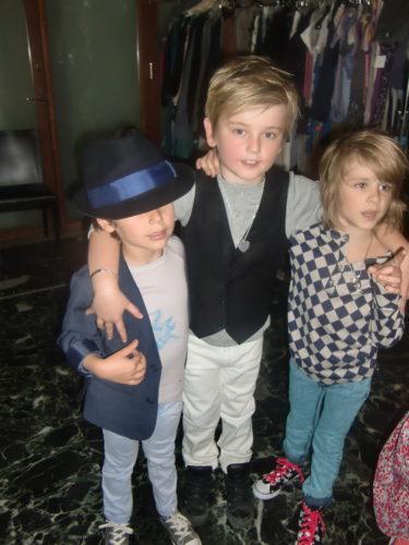 Tre coola rockkillar fann varandra. Mio, William och Lailas söta son Liam.