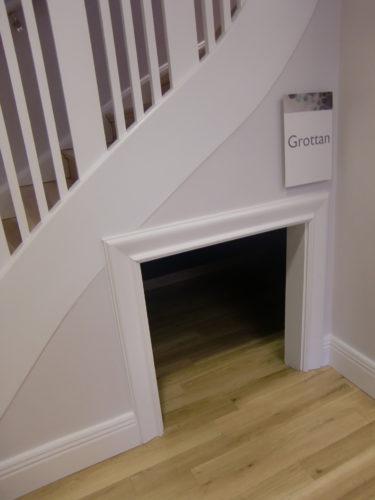 """Det fanns t.o.m. ett kry-in under trappan till barnen, som kallades för """"Grottan"""""""