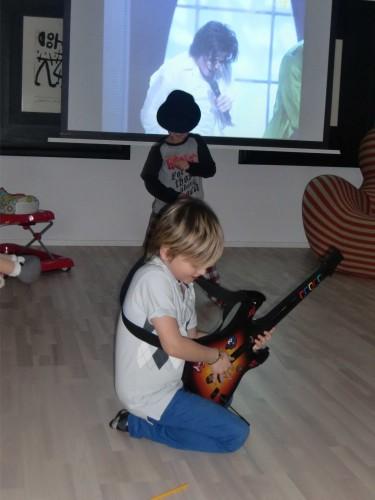 Även gitarristen Slash spelade för oss.