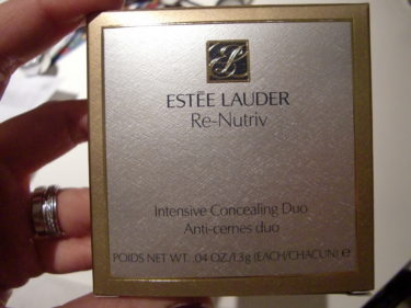 ESTÉE LAUDERS Re-Nutriv, Intensive Concealing Duo.