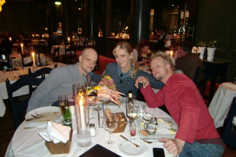 Fredrik, jag och Hans på Fiske Krogen, en verkligt fin och trevlig restaurang.