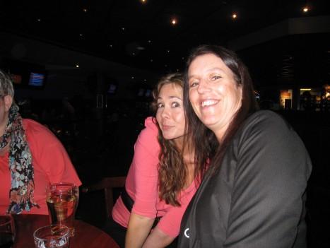 Marica och Lisa. Vi var i samma bowlinglag. Tror dessvärre att de inte var lika kul för dem att ha mig med för jag var i särklass sämst av alla, i båda lagen!