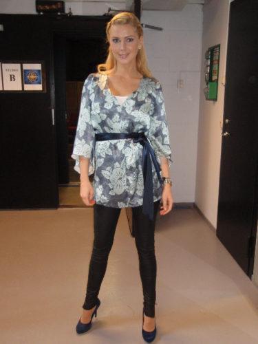 Patrizia Pepe-tunika och Whyred-byxor.