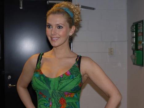 Gröna blad och papegojor från Miss Sixty...