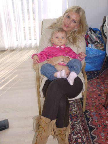 Jag tryckte ner min bak i Livans lila stol och så satt vi där tills Peter bände loss mig.