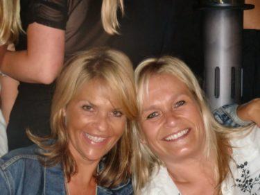 Peters syster Pernilla och hennes vän från Schweiz.