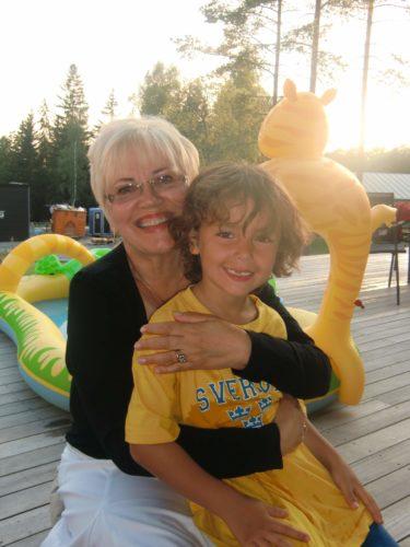 Min älskade mor och Gunnar kom på besök i tisdagskväll.