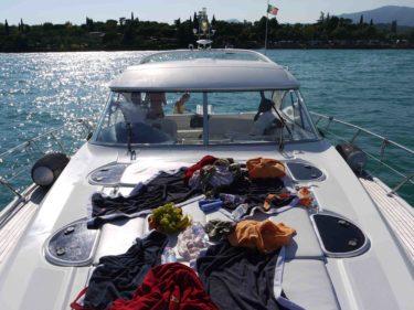 Vi lyckades tom stöka ner båten!
