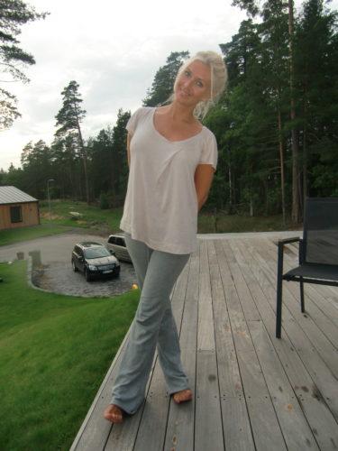 Mjukisbyxor och en gammal t-shirt var min outfit idag. Älskar det!