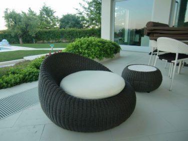 De hade jättefina utemöbler. Funderar på att importera hem italienska möbler, så mycket snyggt fanns det.
