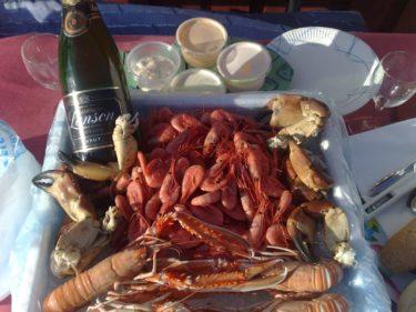 ...där Liv troligen kom till efter lite champagne och skaldjur.