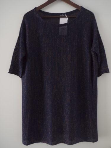 En snygg oversize-tröja. Även den från Filippa K. Älskar deras kläder och en annan favorit är ACNE.