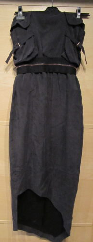 Klänning från en annan av mina svenska favoritdesigner ACNE. Klänningen är så snygg på. Annorlunda och cool.