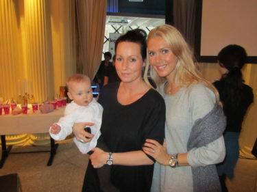 Träffade  Mini och hennes söta dotter Nelli.