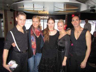 De här fyra dansarna är några av Sveriges bästa. De kommer från Tonys dansskola.