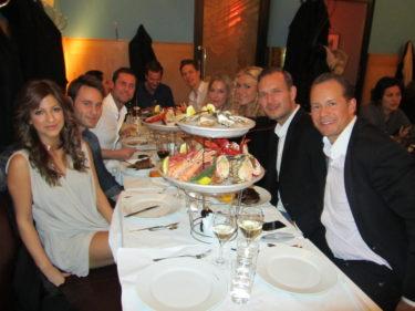 Resten av våra vänner mötte vi på Sture Hof där vi åt gott.