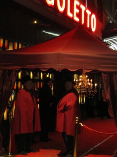 Premiären var annordand av Johan Petré och hans eventbolag. Alla blev välkomna på av stiliga biograf-värdar och Johan själv.