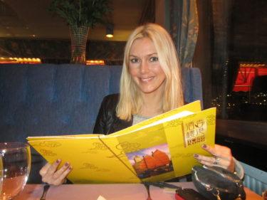 Efter filemn gick vi på restaurang Hong Kong och åt massor av god mat.
