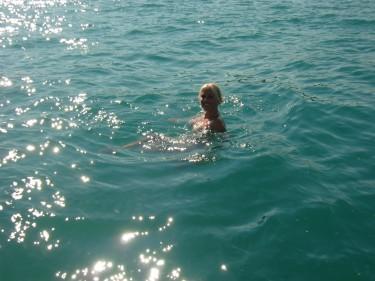 Det finns inga sjölemurer i Gardasjön fast man kanske kan tro det när man ser denna bild.
