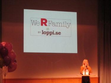 jag var konferencier på We R Family på torsdag förmiddag. Det är ett verkligt trevligt  event och de som kom fick massor av nyheter och en härlig goodiebag. Göteborgarna var tacksamma och glada.