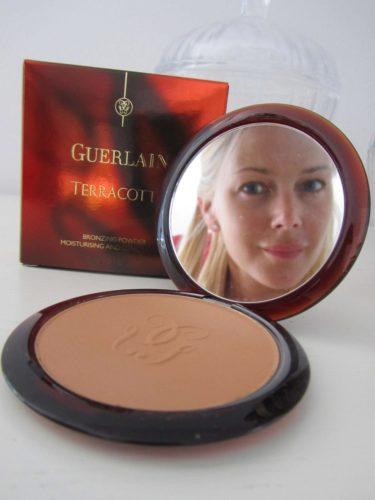 Guerlains solpuder är alltid en hit. Den finns i fyra olika nyanser och ger ett härligt bronzing glow i ansiktet.
