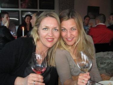 I lördags var det fest på Djurgårdsbrunn. Vi var säkert hundra pers. Hade trevligt sällskap i Ebba och Mia (Los dotter).