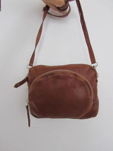 Hade min nya väska från Filippa K i brunst skinn. Älskar den! Har en i svart mocka som är flitigt använd.