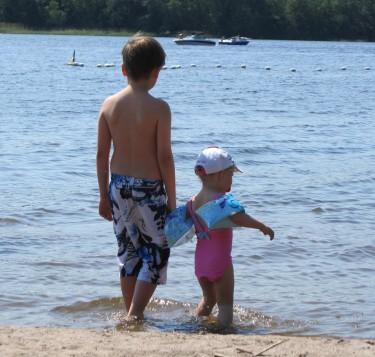 Två strandraggare.