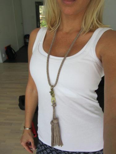 Köpte ett halsband på rean från Bruuns Bazaar på NK.