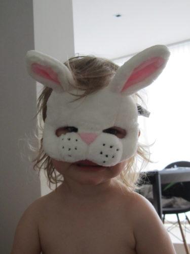 Kanske ska förskolan ha maskerad snart igen. Hoppas! Hittade även den här kaninmasken på H&M.