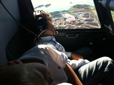 Det var nog för överväldigande för dem, för de somnade helt plötsligt som stockar :-) ha ha.
