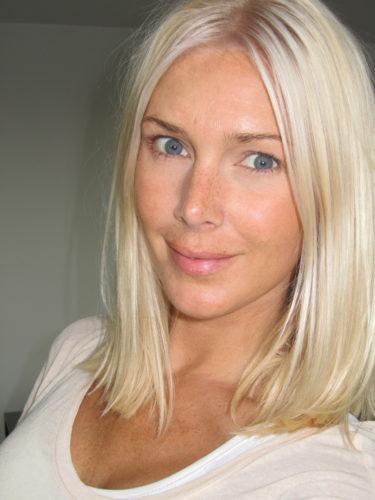 Fick ny fin blond botten. Perfekt till Greklands resan och tv-programmet jag ska spela in imorgon.