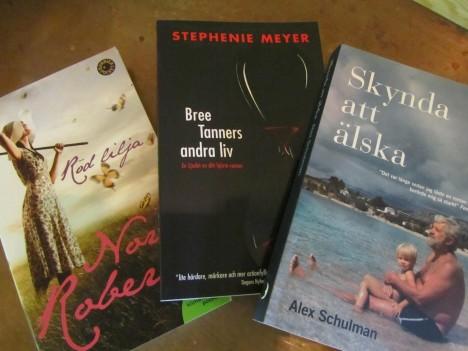 Har bunkrat upp med mitt bästa tidsfördriv, böcker...