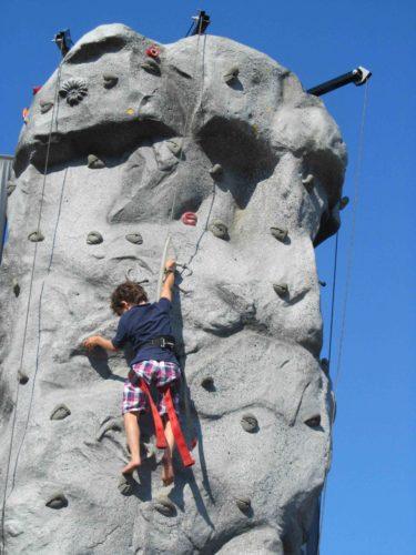 ... och Mio klättrade.