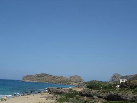 Idag fick vi nog av sten, grus och tribals så vi for mot den vackra sandstranden Falasserna.